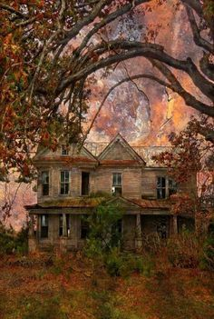 The Twilight of Her Years: An Abandoned Victorian Farm House, Whitakers Vicinity, Nash County, North Carolina If this got fixed up and cleaned, it would be amazing. I'd love to live in a house with bones like this. Abandoned Property, Old Abandoned Houses, Abandoned Buildings, Abandoned Places, Abandoned Castles, Beautiful Buildings, Beautiful Homes, Beautiful Places, Old Mansions