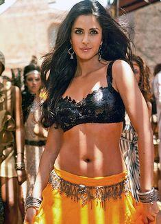 Katrina kaif Navel Photos | Katrina Kaif Hot Photos ✅ | HD IMAGES Most Beautiful Bollywood Actress, Bollywood Actress Hot Photos, Actress Photos, Beautiful Actresses, Lovely Girl Image, Girls Image, Hot Actresses, Indian Actresses, Katrina Kaif Navel