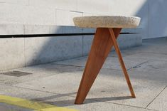 Projet étudiant : Shiro le tabouret champignon par Leon Van der Veken
