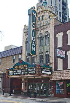 Michigan Theater Jackson, MI my hometown Jackson Michigan, State Of Michigan, Grass Lake, Lake Garden, Haunted Places, Ann Arbor, Great Lakes, Historical Sites, Detroit