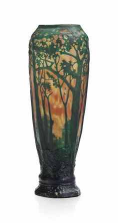 DAUM A 'LANDSCAPE' VASE, CIRCA 1906 mold-blown cameo glass