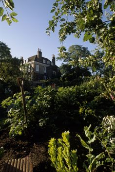 """See 52 photos from 267 visitors about gardens, balcony, and flowers. """"Go to the top floor outside balcony for one of the best views of the City: St. Fenton House, Hampstead London, South East England, Sunken Garden, North London, National Trust, Detached House, 17th Century, Nice View"""