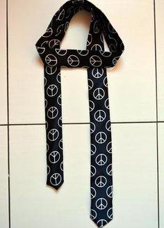 Kup mój przedmiot na #Vinted http://www.vinted.pl/kobiety/inne-akcesoria/6742964-krawat-w-pacyfki-hm-nowy