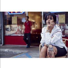 W Korea - February 2015 - 012 - Rihanna Daily Photo Gallery - Source for Miss Rihanna Estilo Rihanna, Rihanna Daily, Rihanna Cover, Rihanna Style, Rihanna Fenty, Rihanna Fashion, W Magazine, Bad Gal, Celebs