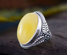 Material: Thai sterling silver  Weight: 6.6g  Color: Antique Silver Size: Adjustable  Blank shape: Oval  Blank size: 15x22mm  You will receive 1 pc ring blank.  Please note that the last picture is just an example.  To see more sterling silver ring blanks, please go to the section