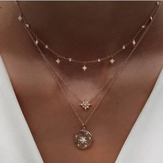 """14kt gold and gray diamond starburst hammered disk necklace on adjustable 16"""" - 18"""" chain *has gray diamond center and white scattered diamonds"""