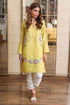Stylish Dress Book, Stylish Dress Designs, Stylish Dresses, Fashion Dresses, Pakistani Fashion Casual, Pakistani Dresses Casual, Indian Look, Indian Ethnic Wear, Kurta Designs