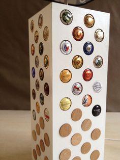 Lampe collection capsules de bouchons de champagne.