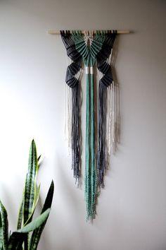 Macrame Wall Hanging Hand Dyed Cotton Rope White por BermudaDream