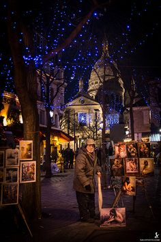 Place du Tertre. Montmartre, Paris. This is a wonderful square where artists display their artwork for purchase. Fantastic!