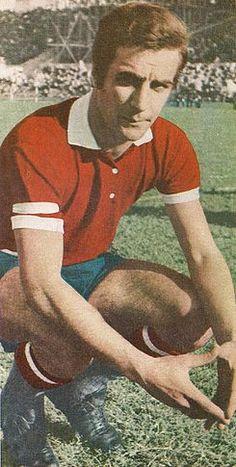 José Omar Pastoriza.Campeón con Independiente de Avellaneda en Torneo Nacional 1967,Torneo Metropolitano 1970,Torneo Metropolitano 1971 y Copa Libertadores de América 1972.