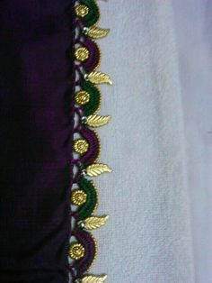 Leaf design tassels