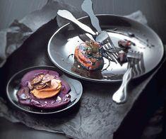 Une assiette de foie gras poêlé