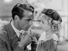 Shirley Temple and Gary Cooper.Gary Cooper was so handsome! Golden Age Of Hollywood, Vintage Hollywood, Hollywood Stars, Classic Hollywood, Hollywood Icons, Hollywood Glamour, Gary Cooper, Carole Lombard, Cary Grant