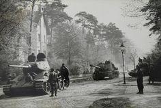 1945, Allemagne, Berlin, Chars russes dans la ville