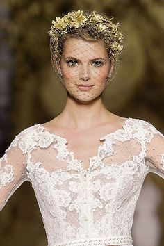Come into bloom on your big day with this polished, pretty-in-pink look. With rosy lips, flushed cheeks and a fresh, flirty fragrance, you're sure to be a breathtaking blushing bride at your spring wedding.