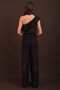 ολόσωμη φόρμα black lace back