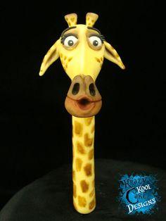 Melman the Giraffe Cake Topper From Madagascar