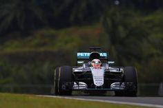 F1マレーシアGP 予選:ルイス・ハミルトンがポールポジション  [F1 / Formula 1]
