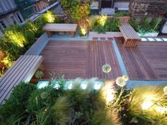 Rooftop Garden Ideas-- Whether you have a rooftop garden already or you are intending to have one, these 15 plus rooftop garden layout ideas and suggestions will certainly help you in having one of the most attractive roof terrace garden. Diy Pergola, Retractable Pergola, Pergola Shade, Pergola Plans, Pergola Ideas, Decking Ideas, Metal Pergola, Metal Roof, Ipe Decking