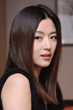 Jun Ji Hyun - I love natural Korean makeup Jun Ji Hyun Makeup, Korean Beauty, Asian Beauty, Korean Makeup, Japanese Makeup, Asian Makeup, Eye Makeup, Jun Ji Hyun Fashion, My Sassy Girl