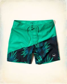 Hollister's surfer inspired board shorts are made with four-way stretch, fast-dry fabric and all have mesh lined pockets. Shop swim trunks now. Sport Outfits, Boy Outfits, Mens Swim Shorts, Chor, Man Swimming, Swim Trunks, Beachwear, Menswear, Swimsuits