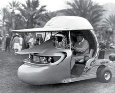 Bob Hope in his custom golf cart, Funny! Funny Golf Pictures, Old Photos, Vintage Photos, Golf Slice, Custom Golf Carts, Vintage Golf, Bob Hope, Thanks For The Memories, Golf Humor