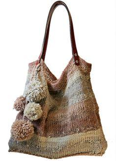 Hermoso bolso tejido...con pompones