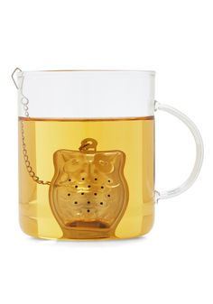 Owl Make Tea Infuser. Brew a cup of loose-leaf rooibos or oolong tea with this owl tea infuser by Kikkerland! #silver #modcloth
