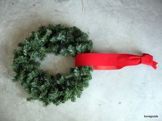 Christmas Goods: An Easy Way to Hang Window Wreaths: I'll show you how to do it in minutes, without a ladder, hammer, suction cups, or even going outside. Just grab some wreaths and ribbon! Christmas Wreaths For Windows, Christmas Planters, Christmas Window Decorations, Christmas Porch, Christmas Ribbon, Christmas Candles, Holiday Wreaths, Christmas Ideas, Holiday Ideas