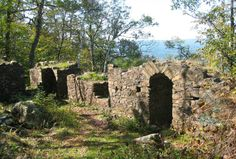 These 5 Trails In Massachusetts Will Lead You To Extraordinary Ancient Ruins   1. Eyrie House Ruins, Mt. Tom Reservation
