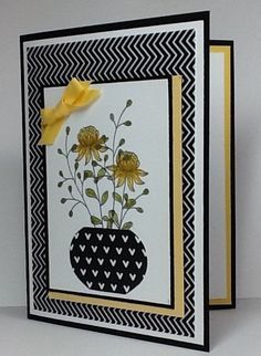 handmade greeting card featuring Field Flowers .. Art Deco feel ... blak and white withpops of yellow ... Stampin' Up!