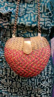 RVF Vintage Wicker Heart Purse w/long chain