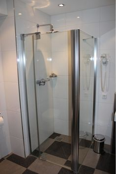107 best rv shower doors images bathroom bath room frameless rh pinterest com