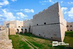 Il Castello Normanno Svevo di Barletta: storia, struttura e info