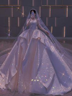 Princess Ball Gowns, Princess Wedding Dresses, Dream Wedding Dresses, Wedding Gowns, Pretty Quinceanera Dresses, Pretty Dresses, Beautiful Dresses, Royal Dresses, Ball Dresses