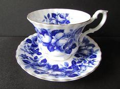 Royal Albert Cobalt Blue Rose Tea Cup Saucer/ Gold & Blue on