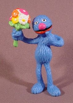 Sesame Street Grover Holding A Bunch Of Flowers PVC Figure, 3 ...