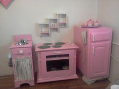 Pink Play Kitchen for the future kiddos Diy Kids Furniture, Repurposed Furniture, Diy Kids Kitchen, Childrens Kitchens, Toy Rooms, Diy Toys, Play Houses, Diy For Kids, Kids Playing