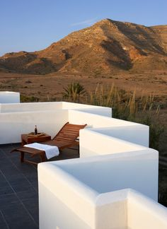 Set in the natural surroundings of Almería's Cabo de Gata-Níjar nature reserve, this rural retreat blends a traditional, whitewashed rustic building with. Pergola Plans, Pergola Kits, Granada Andalucia, Wooden Patios, Rural Retreats, Pergola Lighting, Outdoor Living, Outdoor Decor, Patio Roof