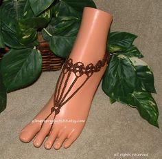 Ganchillo marrón sandalias pies descalzos por gilmoreproducts33