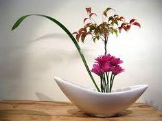 Resultado de imagem para como fazer Ikebana passo a passo