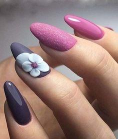 Super Cute Giant Flower Nail Art