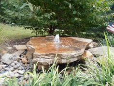 The newest style of fountain we have made. A beautiful slab rock with a center water gusher. Make sure to watch the video of this fountain on our web-site. WE SHIP  540 948-2239