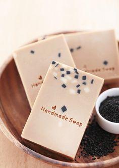 天然皂DIY教學:「芝麻油乳皂」不但能保濕肌膚還能讓頭髮滋潤柔軟!