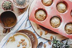 Рецепт маффинов Aloha Recipe: Dark Rye Muffins with Dried Plums, Oat and Almonds