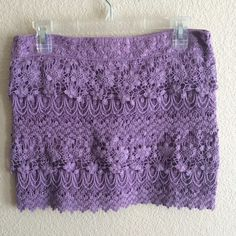 Lilac Lace American Eagle Mini Skirt This skirt is soooo pretty. It is a beautiful lilac purple, exposed zipper on the back and very limited wear and tear. It's been worn less than three times. 🍇  💋If it is listed it is available 💋No trades 💋No PayPal American Eagle Outfitters Skirts Mini
