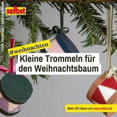 """Wenn man die kleinen #Trömmelchen am #Weihnachtsbaum hängen sieht, hört man förmlich, wie die #Soldaten aus Tschaikowskis Ballett """"Der #Nussknacker"""" um die Ecke marschieren! Wie du die #Trommeln als #Baumschmuck #bastelst, zeigt die #Anleitung."""