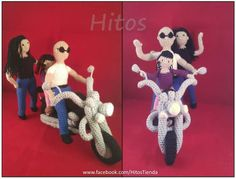 Moto y familia de motoqueros. Amigurumis a pedido en  www.facebook.com/HitosTienda O al correo HitosTienda@gmail.com  #motos #motoqueros #motocicleta #motorcycle #amigurumi #crochet #gift #familygift #fatherday #motherday #padre #madre #regalo Elf On The Shelf, Facebook, Holiday Decor, Home Decor, Father, Gift, Store, Motorbikes, Amigurumi