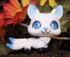Littlest Pet Shop 3 tailed tails Snow Wolf Spirit OOAK custom figure LPS Guardia #Hasbro